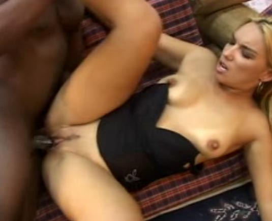 Video sexe blonde cochonne
