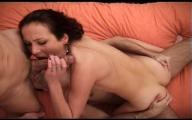 Video porno Jolie nymphomane baisée lors d'une Partouze
