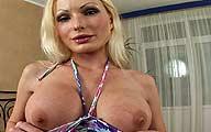 Video porno HD double pénétration Salope à gros seins